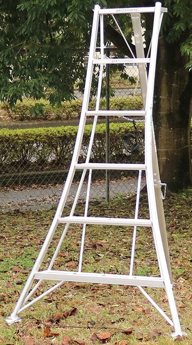 アルインコ(ALINCO)アルミ園芸三脚180cm KWX180 送料無料