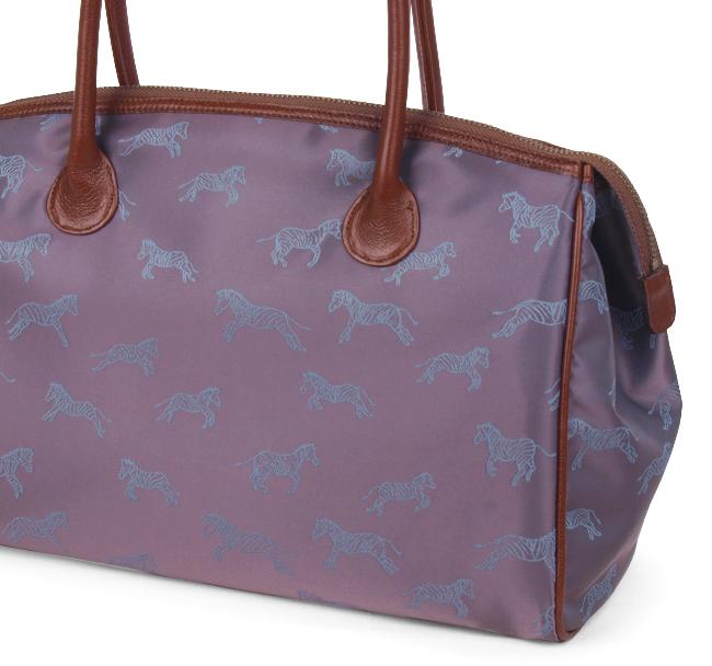 日出石日程表不老神在 Bratz San (karenbrosso) (Bratz) 大型咖啡袋暗棕色 / 蓝紫色和服袋、 手袋、 尼龙、 皮革和皮革前往,与较低,春亚纺、 大岛渚