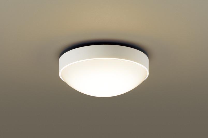 (防湿型・防雨型)LED小型シーリングライト LGW51781LE1 (電球色)(電気工事必要)パナソニック Panasonic