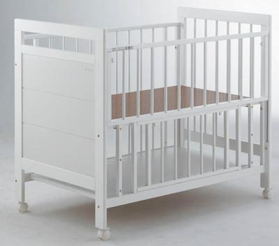 【送料無料!】ベッド(a.v.v)White北海道(3000円)離島別途送料沖縄不可