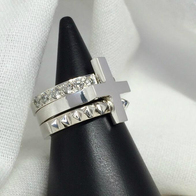新・クロスモチーフの3連リング シルバーリング きれいめ 個性的 大きいサイズ メンズ レディース プレゼント 誕生日 指輪 5~30号 0.5号刻みで製作可能