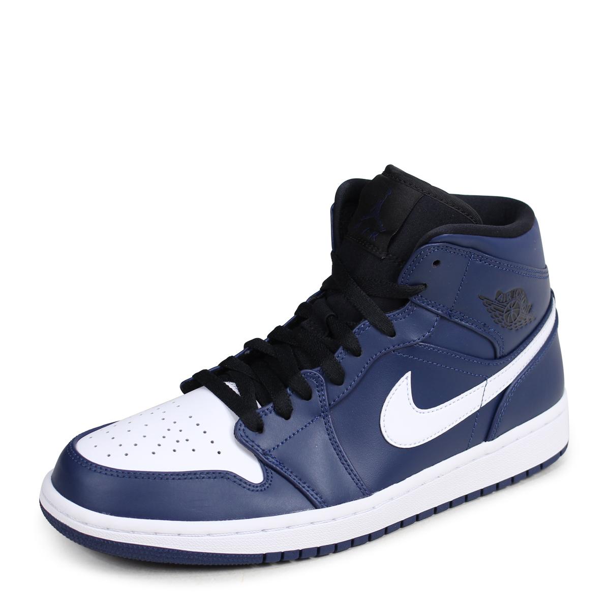 check out 2285b 69893 ... An NIKE AIR JORDAN 1 MID Nike Air Jordan 1 sneakers men 554,724-401 navy  ...