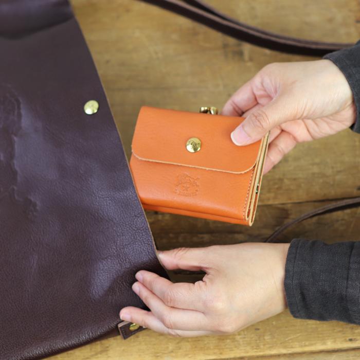 【イルビゾンテ IL BISONTE 財布】がま口二つ折り財布 [商品番号_54192304440]【2019年春夏新作】【あす楽対応】【財布 がま口財布 二つ折り財布】