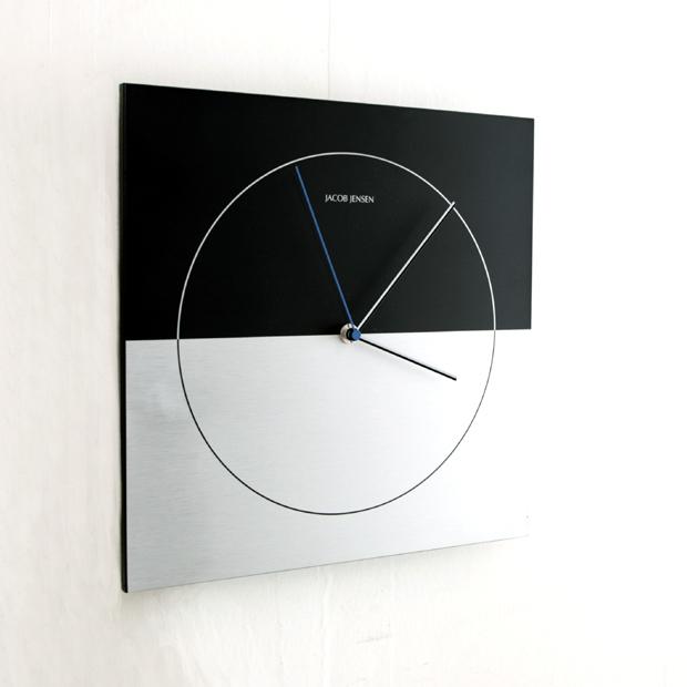 nolsia – Minimalist Wall Clock