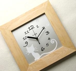 掛け時計【メッセージ料込み】GHOオリジナルデザイン掛け時計(楓)AW-0106型(ニャン)【楽ギフ_名入れ】【楽ギフ_のし】木製 掛時計 おしゃれ【10P01Nov14】