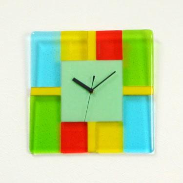 掛け時計かわいい ガラス 掛時計 おしゃれ 【送料無料】【楽ギフ_名入れ】【楽ギフ_のし】GHO手作りガラス掛け時計GHO-03-03_S280【10P13Dec14】