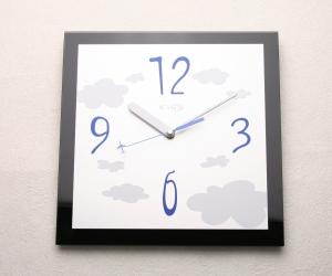 掛け時計送料無料 ガラス 掛時計 おしゃれ 名入れ 【楽ギフ_名入れ】【楽ギフ_のし】GHOオリジナルデザイン掛け時計AG-0401型「ブラック」【10P01Nov14】
