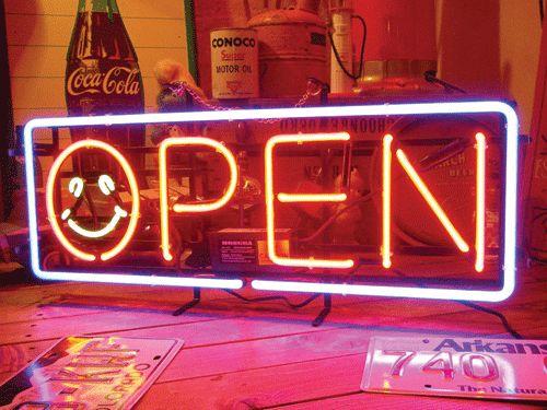【サイズを選べるネオン管】 スマイルマーク OPEN 電飾 電光掲示板 照明 インテリア 看板 アメリカン雑貨 ネオンサイン ネオン管
