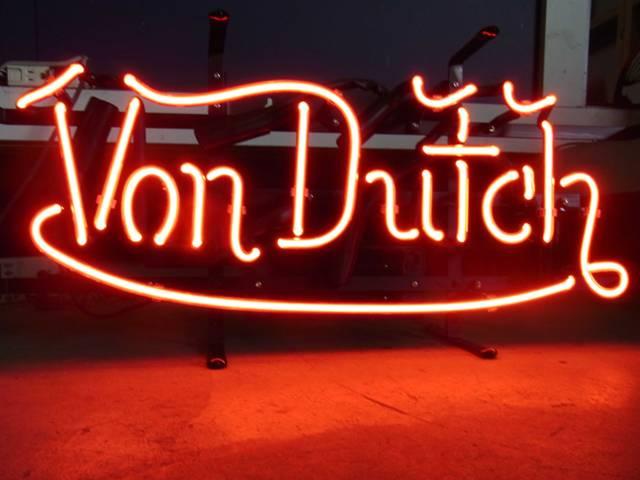 【サイズを選べるネオン管】ネオンサイン Von Dutch ヴォンダッチ(電飾 電光掲示板 照明 インテリア 看板 アメリカン雑貨)