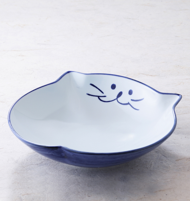 和食器 ねこ 日本製 国産 入手困難 陶器 ギフト 皿 鉢 食器 永遠の定番 おしゃれ カレー皿 可愛い 中鉢 美濃焼 パスタ皿 メイン料理 猫耳付き中皿 22cm ブルー