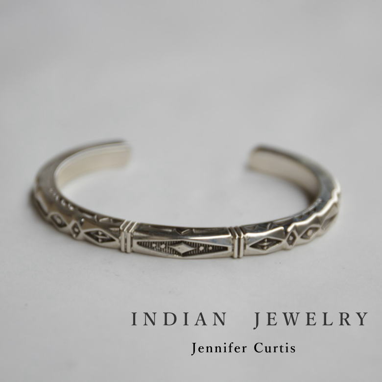 インディアンジュエリー シルバーバングル Jennifer Curtis (ジェニファー カーティス) 希少 ナバホ族 Indian Jewelry Bangle バングル 一点モノ