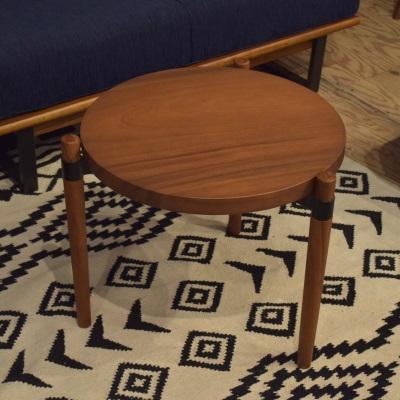 ラウンドローテーブル サイドテーブル センターテーブル コーヒーテーブル 天然木製 ブラウン 三本足テーブル 円形テーブル 丸テーブル 丸い おしゃれ 新生活