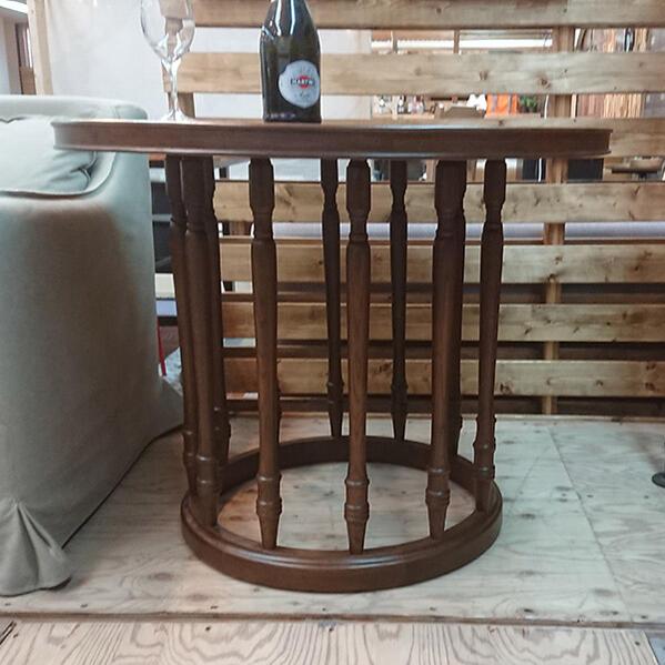 ダイニングテーブル 円形 90 コンパクト ブラウン サイズ オーク突板 花台や什器にもなる。 オフィステーブル  90丸型 木製 エレガント 丸テーブル 濃い色のブラウン