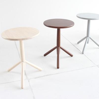 アイアン家具 サイドテーブル ナチュラル ベッド横やソファ横に便利なサイドテーブルです。 アイアン×オークの組み合わせが合う 円形サイドテーブルです。 直径40cm ブルックリンカフェテイスト