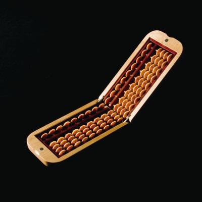天然木製そろばん ソロバン ウォールナット 手作りそろばん コンパクト 折り畳み 収納 ケース ブラウン 天然木 胡桃 そろばん