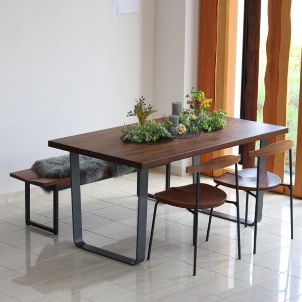 ダイニングテーブル 150 ラ・フォルム アイアン脚 スチール モダンなフォルム ブラウン ブラック 高級感 安定感のあるスタイル シンプルモダン