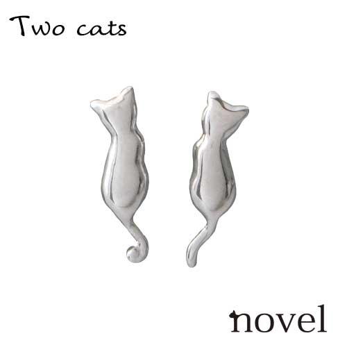 首かしげ猫ピアス 猫スタッドピアスシルバー猫ピアス レディ―ス誕生日プレゼント 猫アクセサリー novel ノベル