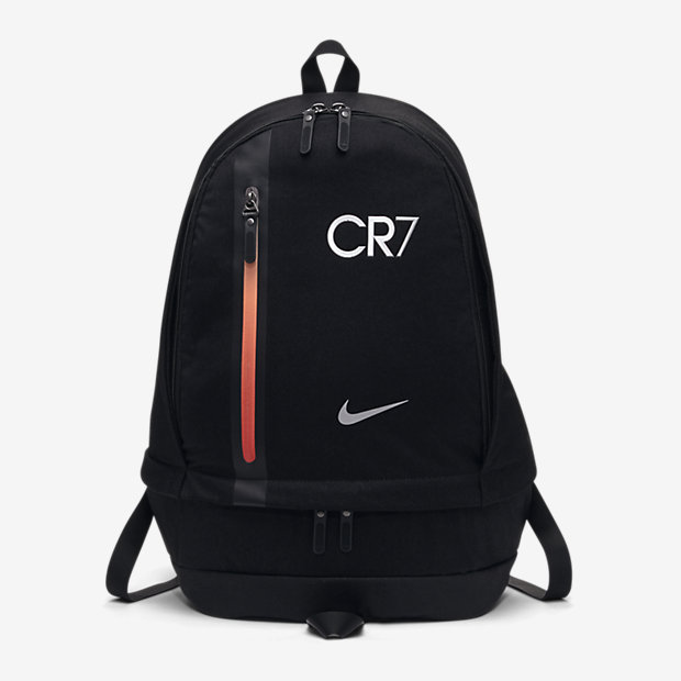 76f01a992213 novo-mundo  CR7 football Cheyenne backpack BA5278011
