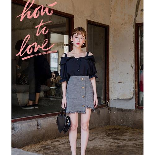 CHUU(チュー)アナタへの気持ちブラウス【メール便】 韓国 韓国ファッション ブラウス オフショル トップス 七分袖 春ブラウス シャツ ファッション 【即納】
