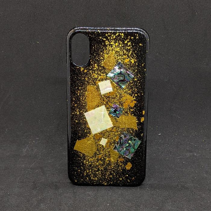 限定品 着物職人手作り iphoneXS用カバー:黒地に螺鈿色紙 限定タイムセール 金彩仕様