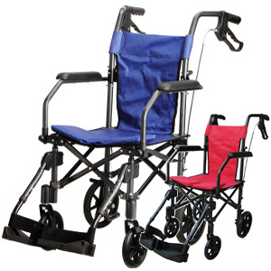 \ページ限定・マジッククロス付/ 車いす 介助式 折りたたみ式 ■送料無料■【ハンディライトプラス HLP09020】 車椅子 折り畳み式 介助用 ブレーキ付き