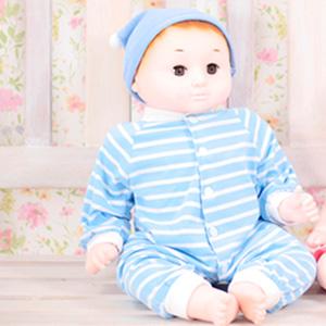 癒しの赤ちゃん人形 ともちゃん 【送料無料】 [ベビーマッサージ ドール 等身大 人形 あかちゃん人形 人形 ベビー服 着せ替え遊び お人形 赤ちゃん ベビードール かわいい]