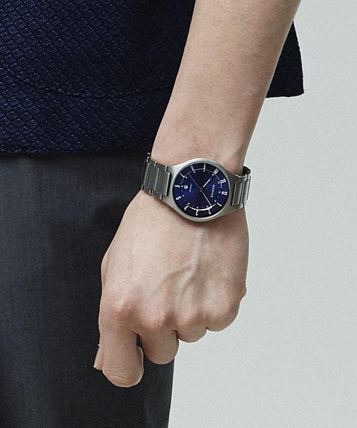 ベーリングBERINGメンズ腕時計11739-707リンクチタニウムフルチタンカレンダーチタニウムメタルベルト正規品