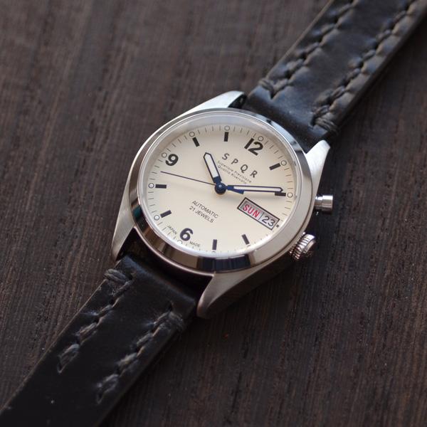 【国内正規品】【ギフト包装無料】SPQR スポール メンズ・レディース兼用 腕時計 自動巻 デイデイト (日付・曜日) アイボリーフェイス SOMES ソメス ブライドルレザー ブラック【送料無料】|腕時計 腕時計