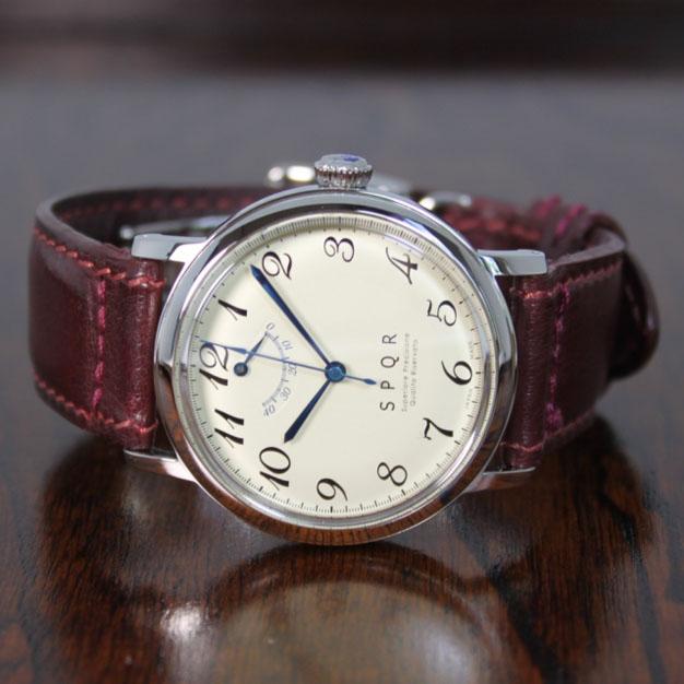 国内正規品ギフト包装無料 THE SPQR スポール メンズ・レディース兼用 腕時計 手巻き機械式 TSSW SVM パワーリザーブ アイボリーダイヤル 英国製バッファローレザー SOMESバーガンディ送料無料mn0Pyv8wON