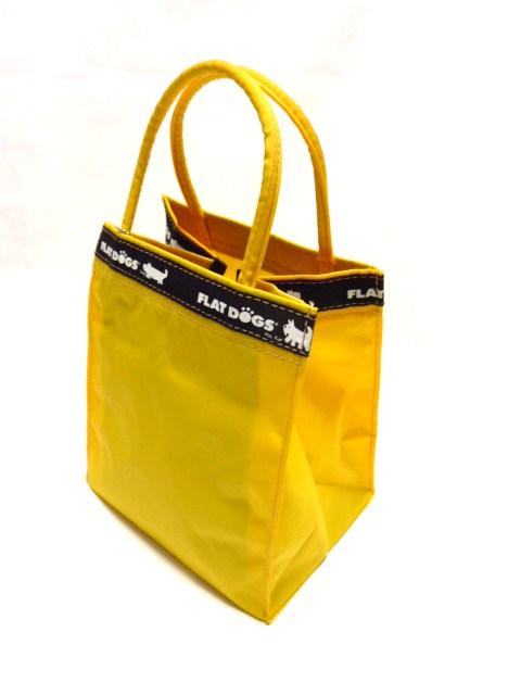 イエローバッグで安全お散歩 1年保証 FLAT 出荷 DOGS トートバッグ