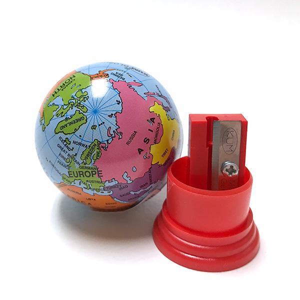 小小世界看看! 德国琴 (琴),卷笔刀打从 1930 年,Globus 直到现在。