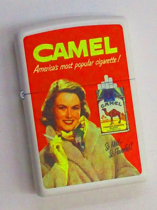 CAMEL キャメル コートの女性 昔の広告デザイン ホワイトマットZippo 2014年製 未使用 (C-201)