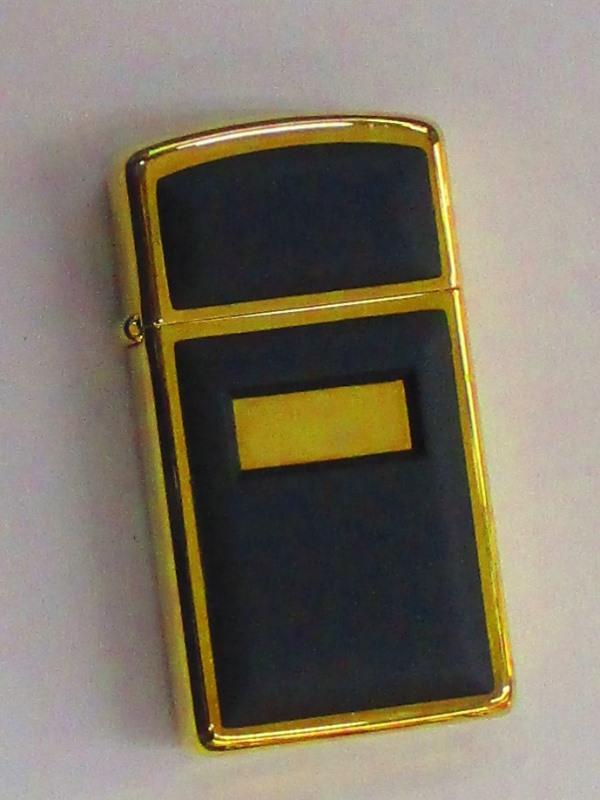 ビンテージZippo 艶消しブラック ウルトラライト(プレート貼り) スリム 1983年製 未使用 (MS-133)