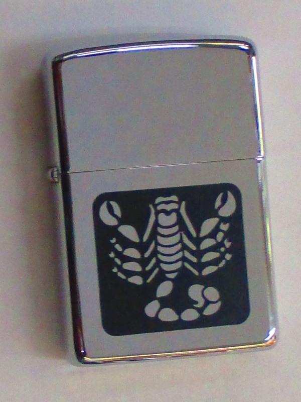 ビンテージZippo さそり座 星座シリーズ(レアデザイン) ポリッシュ仕上げ 1969年製 未使用 (Z4-117) 蠍座