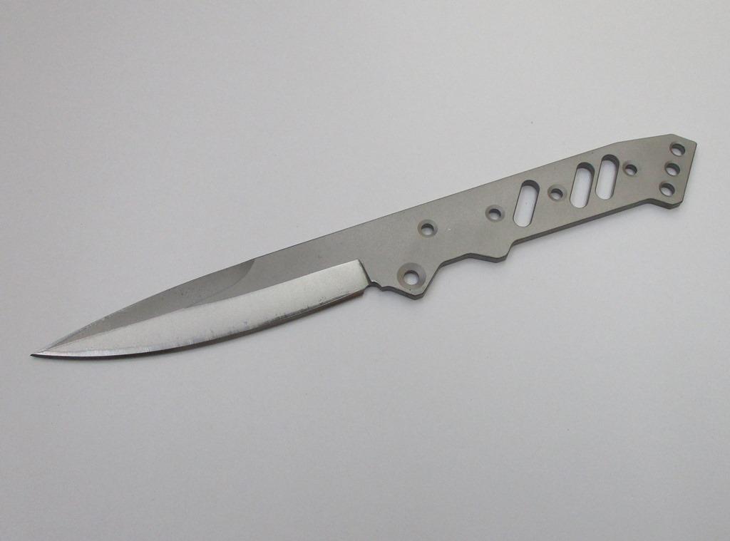 フリーダムナイフ 超激得SALE セットアップ TST ネイキッド 日本製 K5-39 本体のみ Freedom
