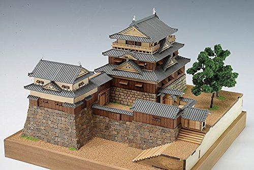 【送料無料】 木製建築模型 1/150 松山城