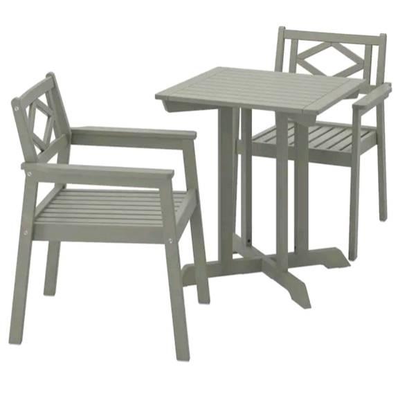 IKEA BONDHOLMEN ボンドホルメン テーブル+アームレスト付きチェア2脚 屋外用, グレーステイン 593.294.63
