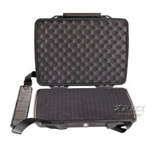 ハードバック(ネットブック用ケース・ツールケース)フォーム付 314×248×54mm ブラック 1075 PELICAN PRODUCTS
