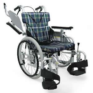 室内用六輪車いす 低床こまわりくん KAK18-40B-LO カワムラサイクル