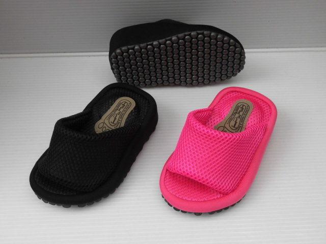 履くだけでスリムに 送料無料 F 23~24cm 柔らかベルト ダイエット エアボール レディース 予約販売品 9631 婦人 1着でも送料無料 室内履き ピンク ブラック スリッパ