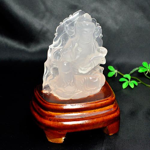 パワーストーン 置き物 観世音菩薩 ローズクォーツ 専用木製台・化粧箱付き石サイズ:約62×29×高さ約115mm(高さのみ台含む) 台含む重さ:約284gレディース メンズ 天然石【ゆうパケット不可】
