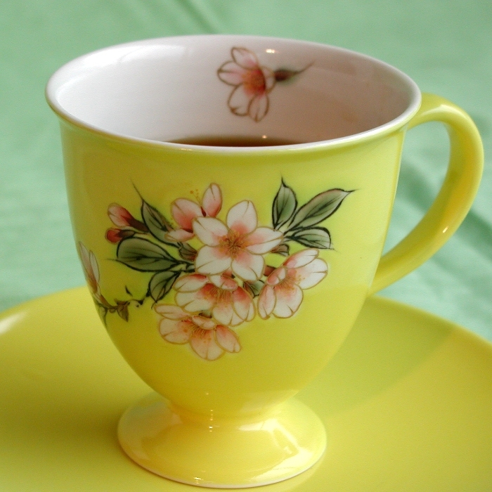 京焼・清水焼カップ&ソーサー(イエロー・桜)