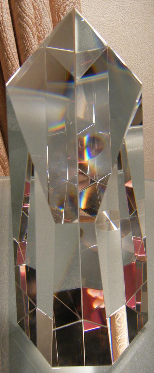 クリスタルトロフィー(メッセージ彫刻入り)crystal送料無料(沖縄と離島を除く)