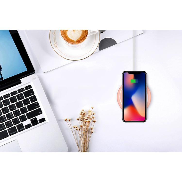 ワイヤレス 充電器 iPhone XR iPhone XS iPhone8 置くだけ 充電 かわいい おしゃれ ペロペロ うずまき キャンディ Qi規格 iPhone XS Max iPhone8Plus iPhone Android Galaxy 急速充電 10W ケーブル 付