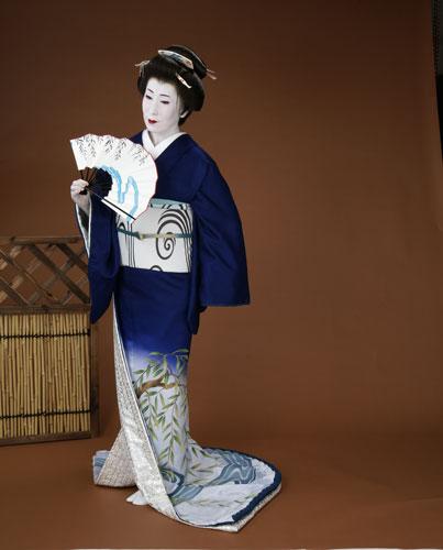 お気に入りの 裾引き裾引き 正絹製袷せ仕立て上がり比翼付日本舞踊の舞台衣裳に。着物(きもの), 印刷広場:375c19c7 --- gipsari.com