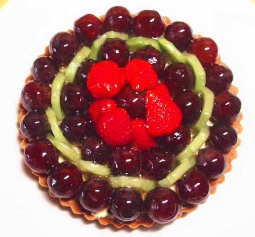 全品送料無料 品質保証 記念日ケーキ バースデーケーキ 誕生日ケーキ フルーツケーキ 誕生日ケーキに 6号 ぶどうのタルト19cm