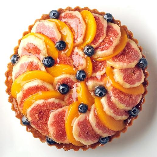 送料無料 期間限定今なら送料無料 誕生日ケーキ バースデーケーキ 9月下旬までのお届け期間限定 イチジクのタルト 直径19cm 敬老の日 記念日 お誕生日ケーキ プレゼント