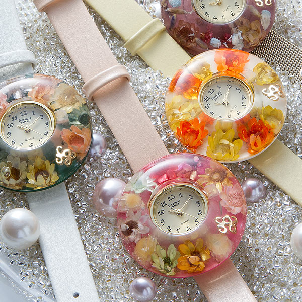 本物のお花が埋め込まれた腕時計♪【腕時計 レディース かわいい おしゃれ フラワーウォッチ】ベゼル11種類とベルトは15種類から選べる♪あなただけの腕時計!/フェアリックガトー feerique gateau/送料無料/