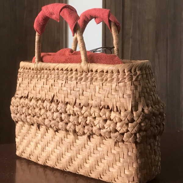 山葡萄 かごバッグと手紡ぎ綿糸を草木染し手織りした布の落とし込み巾着のセット 【SHOKUの布 ハンドルカバー プレゼント中】 (やまぶどう、山ぶどう)SA-4734/3 籠バッグ /送料無料