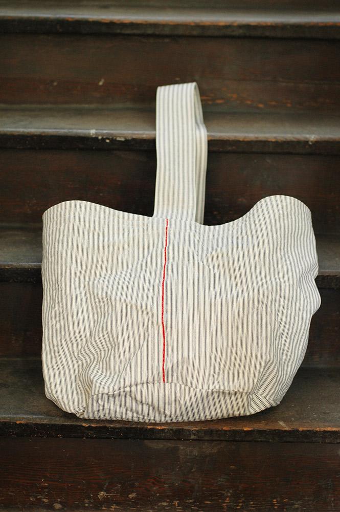 倉敷意匠 フレンチストライプ帆布 ワンショルダートート L(オフホワイト)